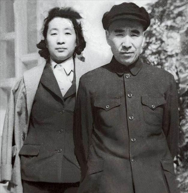 人学网 中华文明 华夏春秋 共和国 林彪夫妇