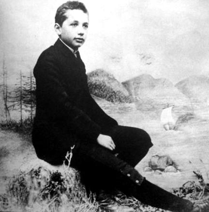 杨振宁:爱因斯坦的机遇与眼光
